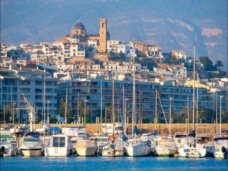 The picture postcard town of Altea from the sea